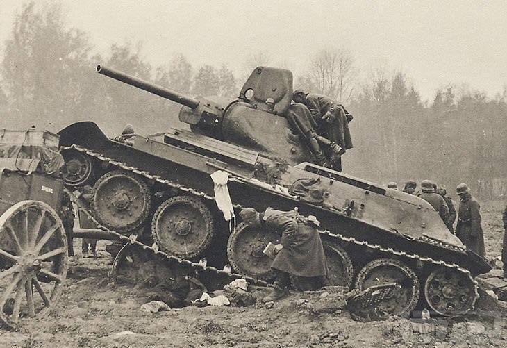 27705 - Военное фото 1941-1945 г.г. Восточный фронт.