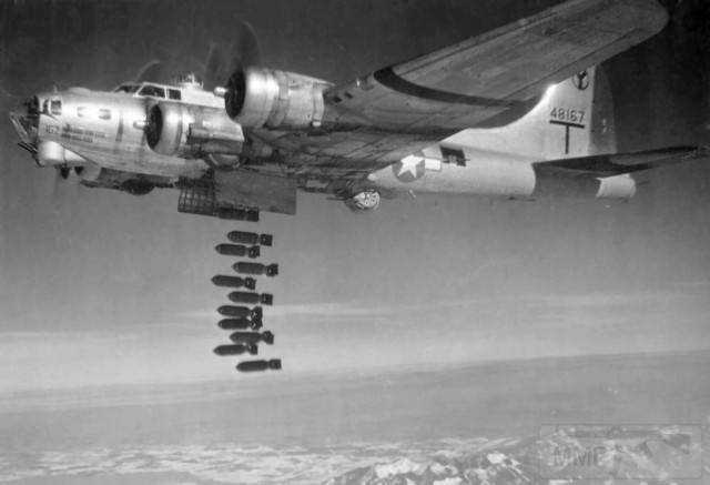 2792 - Стратегические бомбардировки Германии и Японии