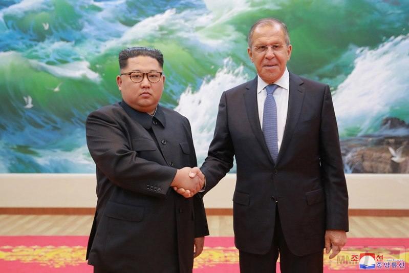 28012 - Северная Корея - реалии