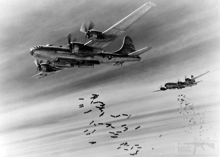 2807 - Стратегические бомбардировки Германии и Японии