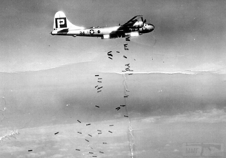 2808 - Стратегические бомбардировки Германии и Японии