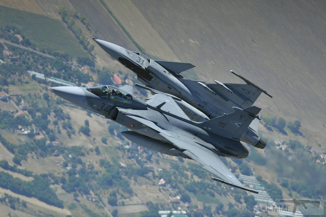 28502 - Красивые фото и видео боевых самолетов