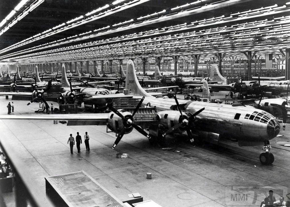 29360 - Стратегические бомбардировки Германии и Японии