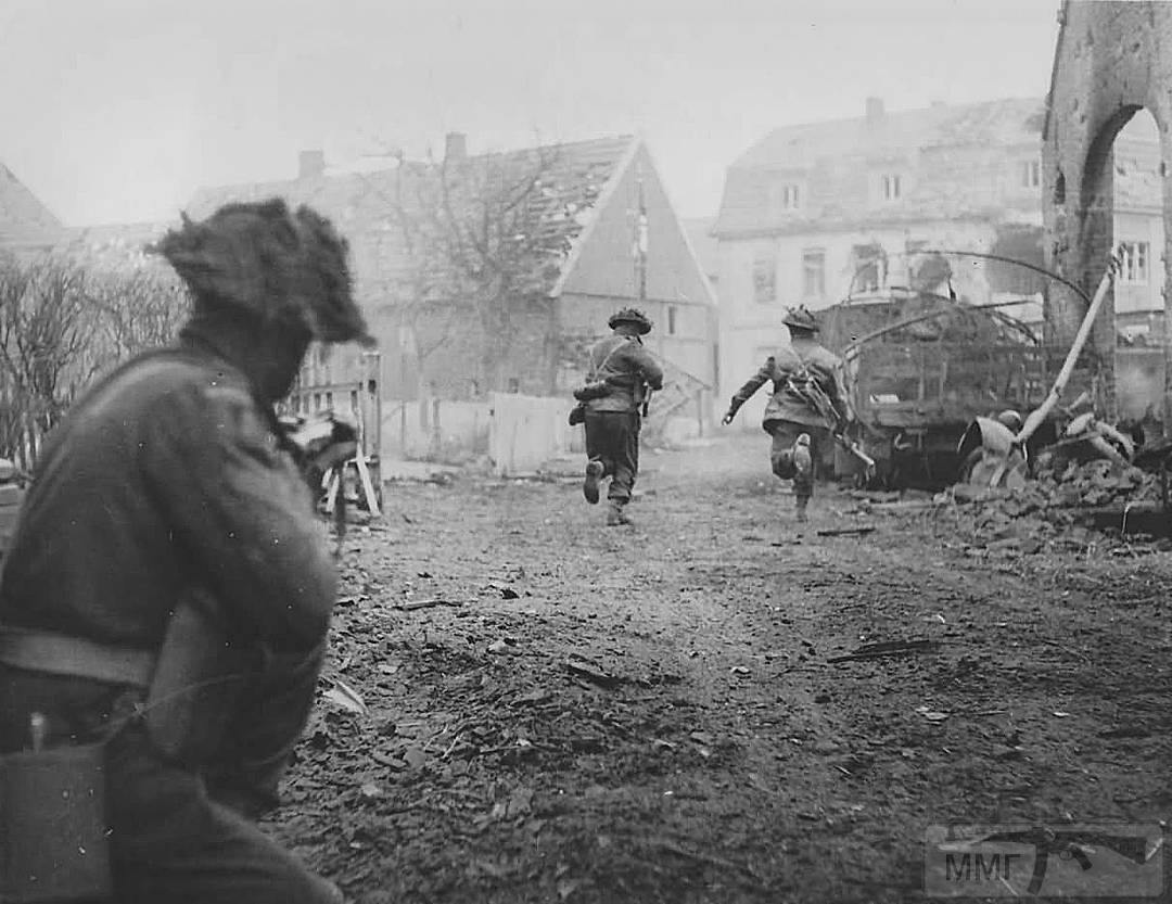 30004 - Военное фото 1939-1945 г.г. Западный фронт и Африка.