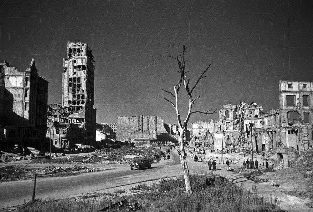 30483 - Военное фото 1941-1945 г.г. Восточный фронт.