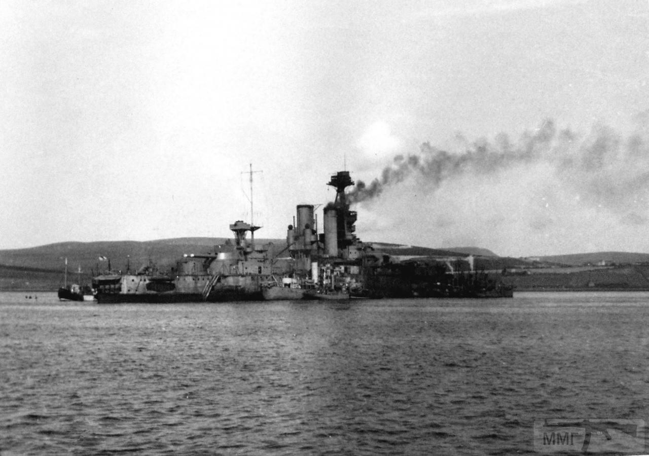 30883 - HMS Iron Duke, затопленный на мели в Лонг Хоуп как блокшив. Вторая мировая.