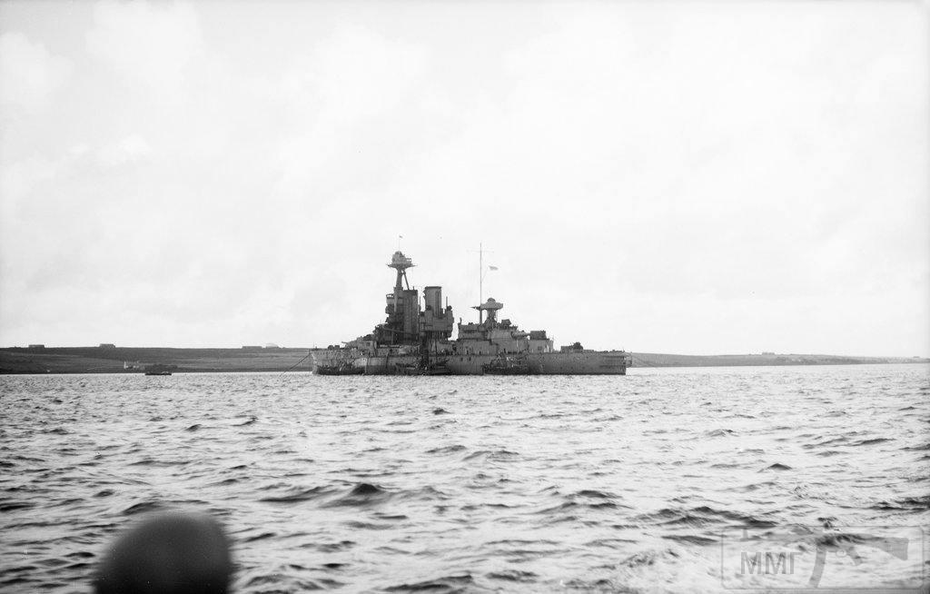 30884 - HMS Iron Duke, затопленный на мели в Лонг Хоуп как блокшив. Вторая мировая.