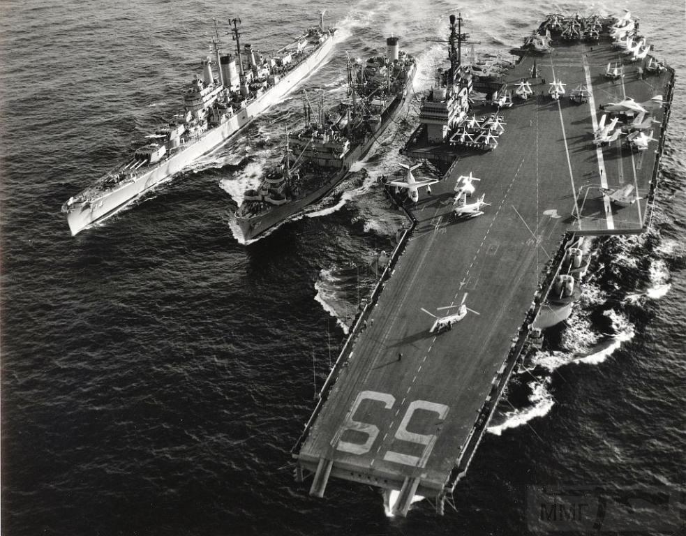 3355 - Два авианосца