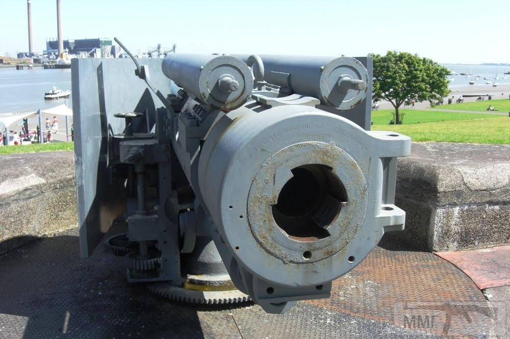 35009 - BL 6-inch Mk VII naval gun