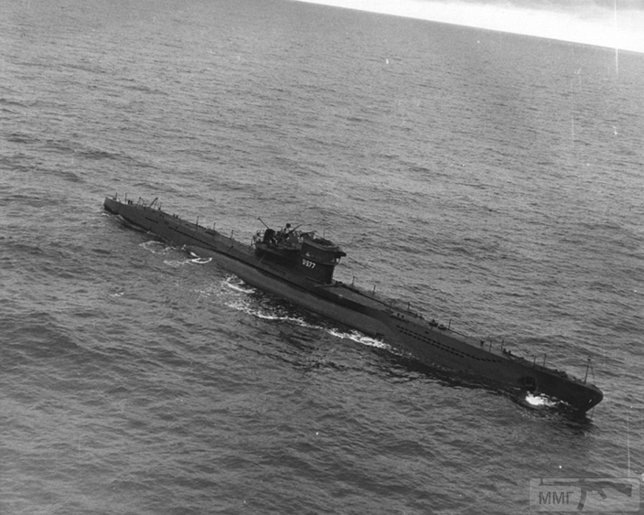 35092 - U-977