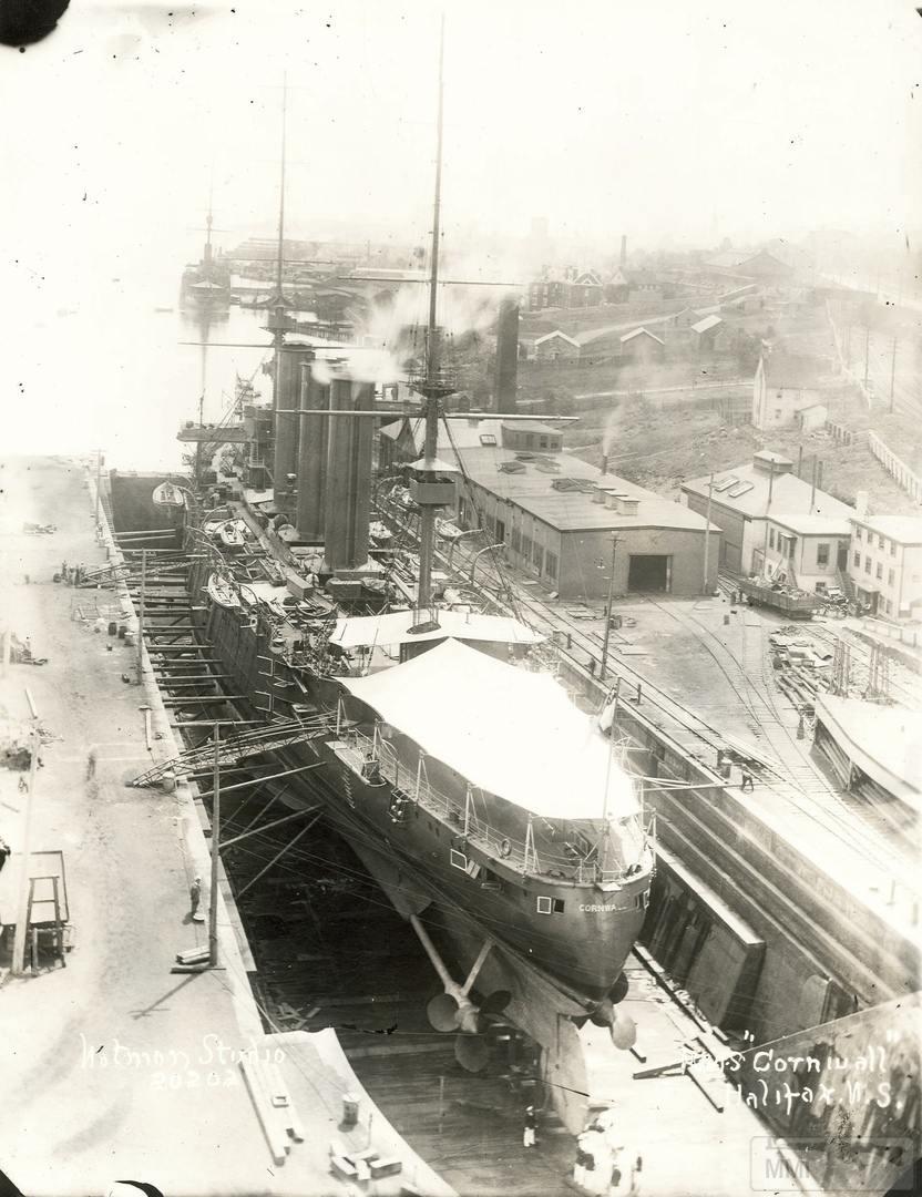 35263 - HMS Cornwall в доке Галифакса