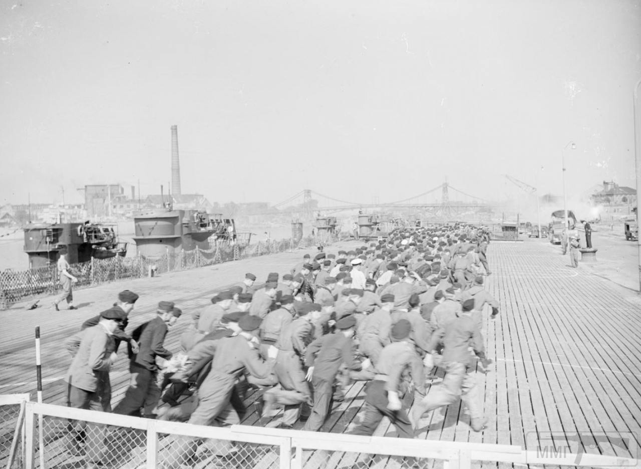35337 - Действия немецких подлодок в Атлантике