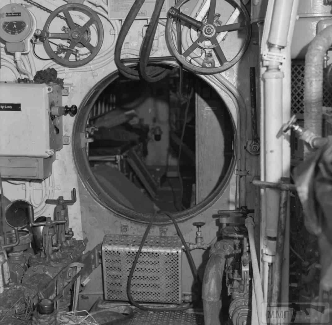 35358 - U-570
