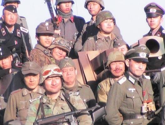 3540 - Азиатские реконструкторы