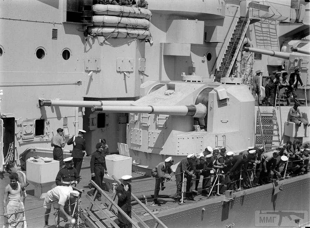"""36010 - Башня 5.25"""" (13.4 cm) линкора HMS King George V"""