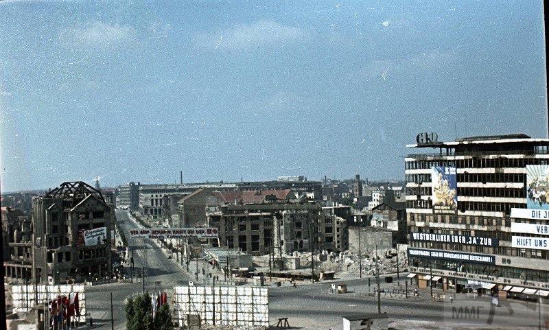 36455 - Короткий ролик - тема о ГДР