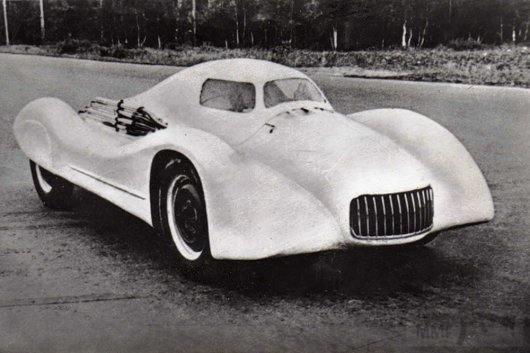 3654 - Москвич G2, аэродинамический концептуальный спортивный автомобиль, построенный в 1956 году, который мог разогнаться до 223 км.ч.