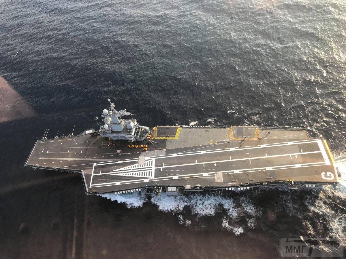 36671 - Два авианосца