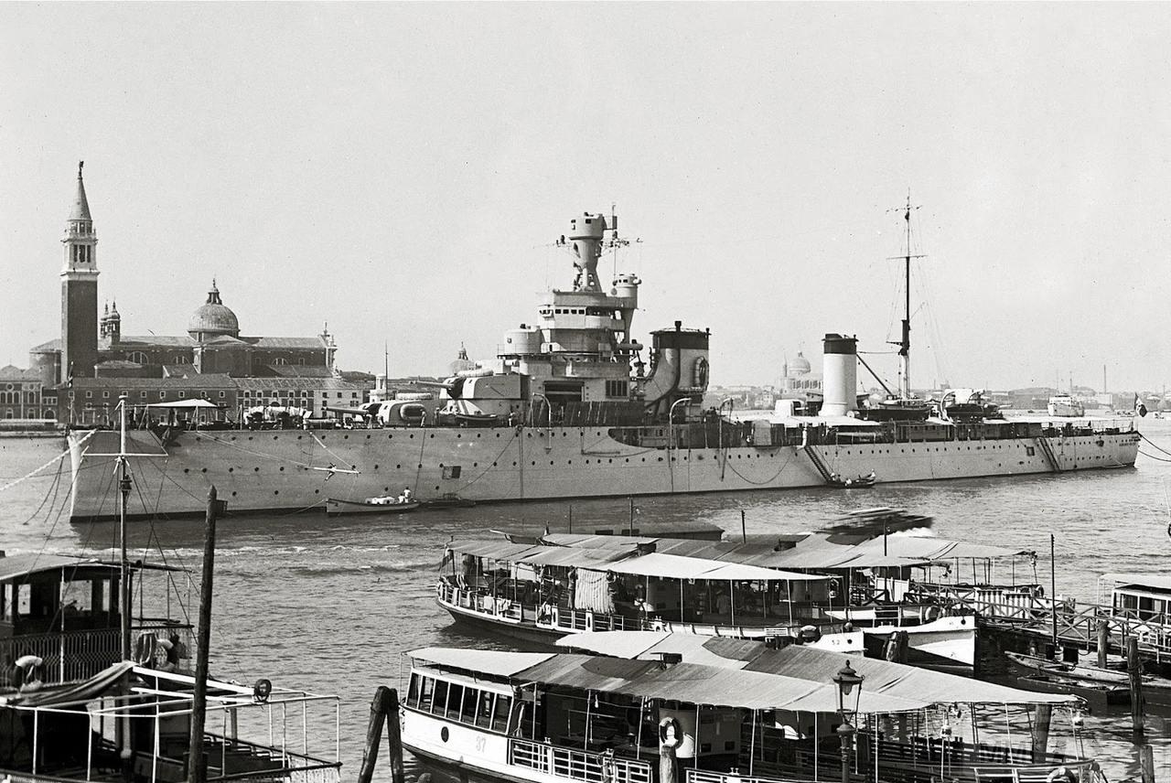 36902 - Regia Marina - Italian Battleships Littorio Class и другие...