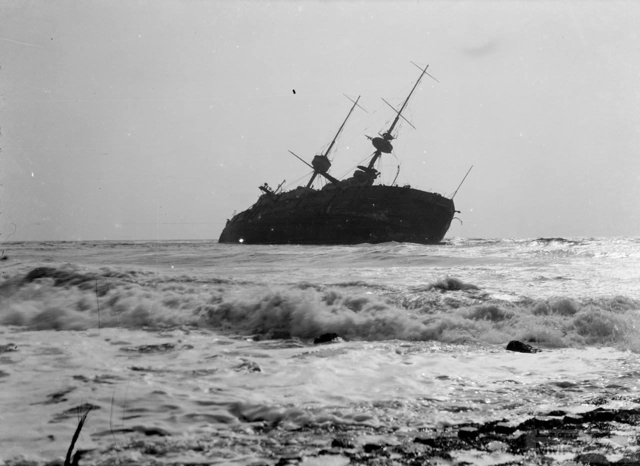 37919 - HMS Prince George