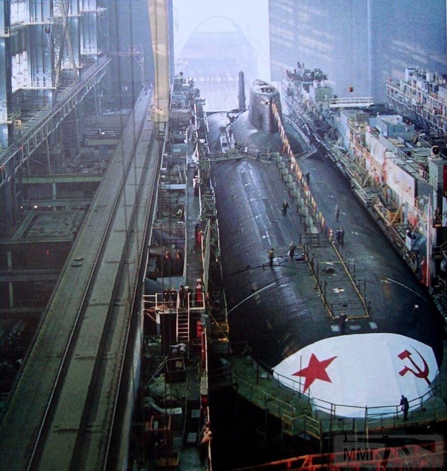 38225 - Атомные субмарины.