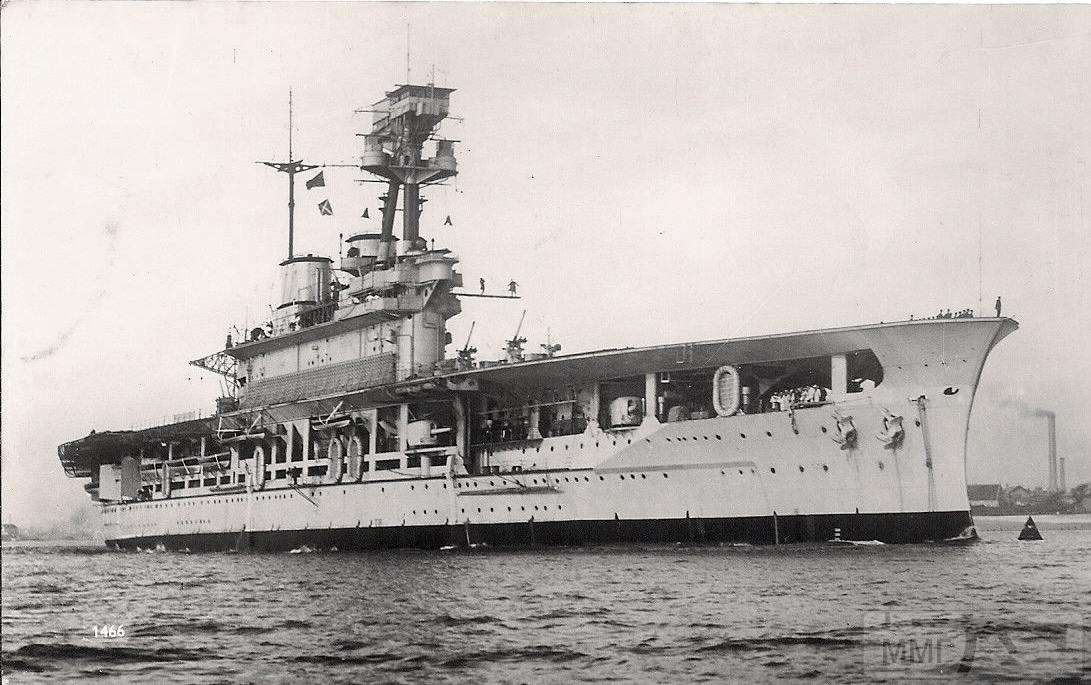 38271 - HMS Eagle