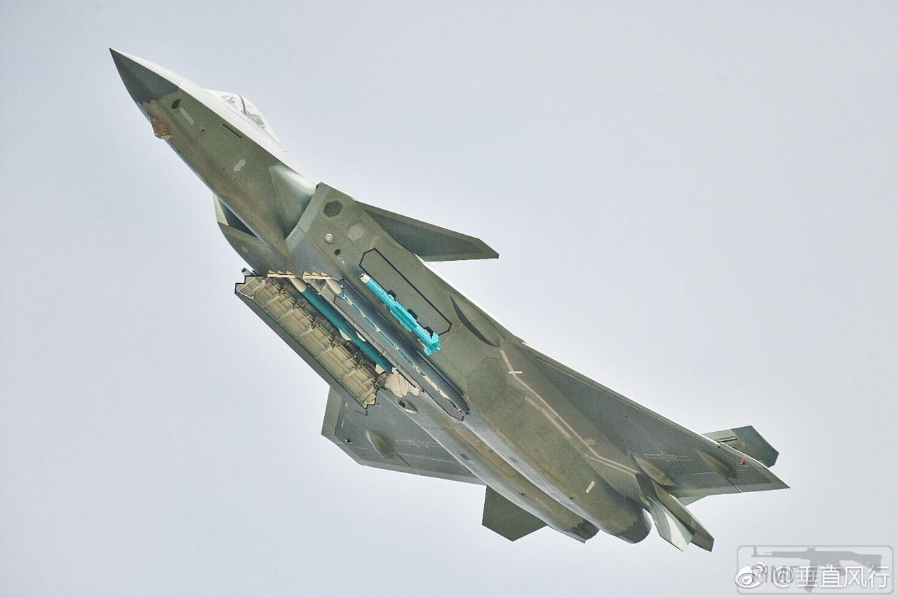 38639 - Красивые фото и видео боевых самолетов и вертолетов
