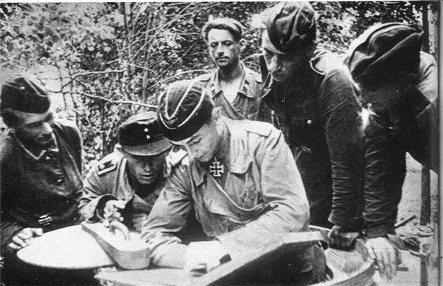 3868 - Великие и не очень танкисты Германии