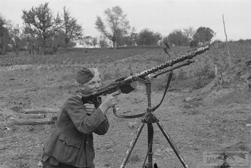 38858 - Военное фото 1941-1945 г.г. Восточный фронт.