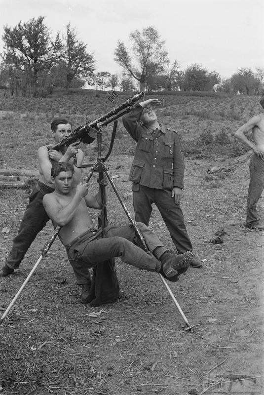 38859 - Военное фото 1941-1945 г.г. Восточный фронт.