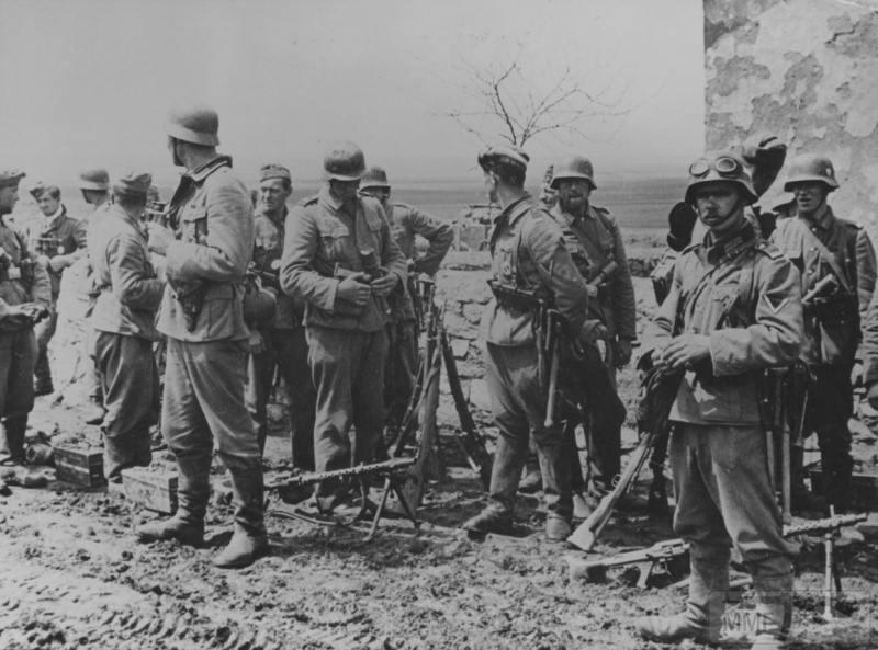 38863 - Военное фото 1941-1945 г.г. Восточный фронт.
