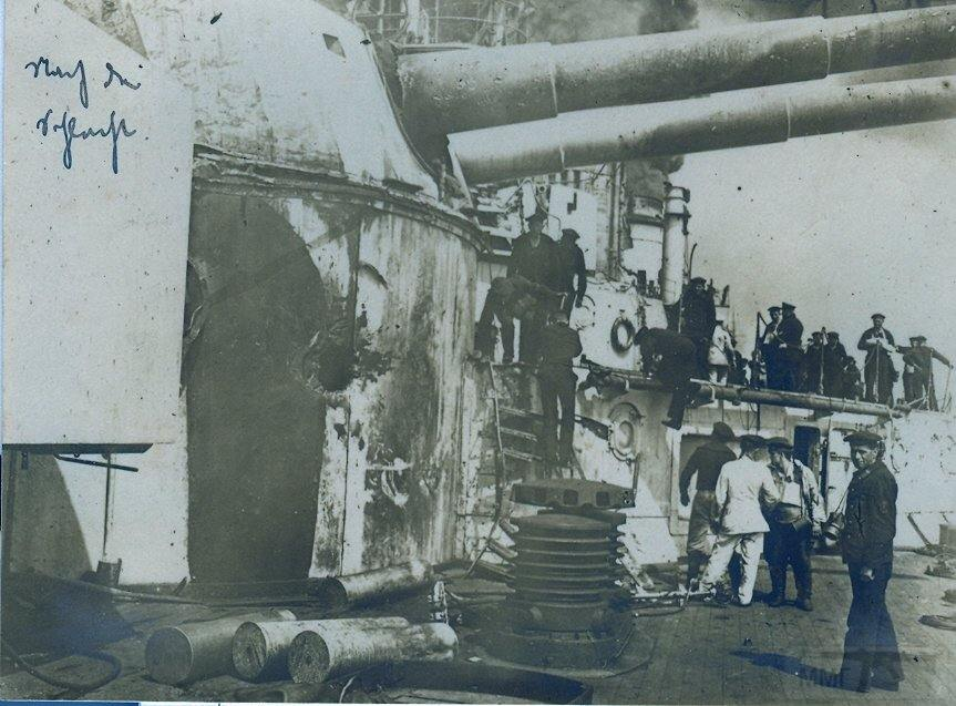 3908 - Battlecruiser SMS Seydlitz of the Imperial German Navy after the Battle of Jutland