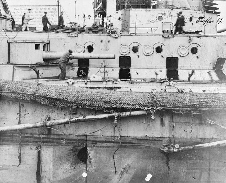 3912 - Battlecruiser SMS Seydlitz of the Imperial German Navy after the Battle of Jutland