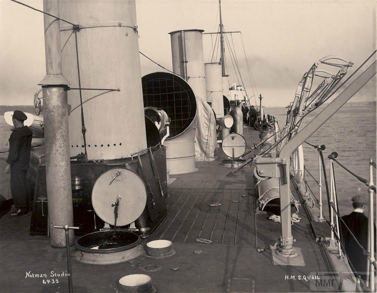 39752 - На палубе миноносца HMS Quail