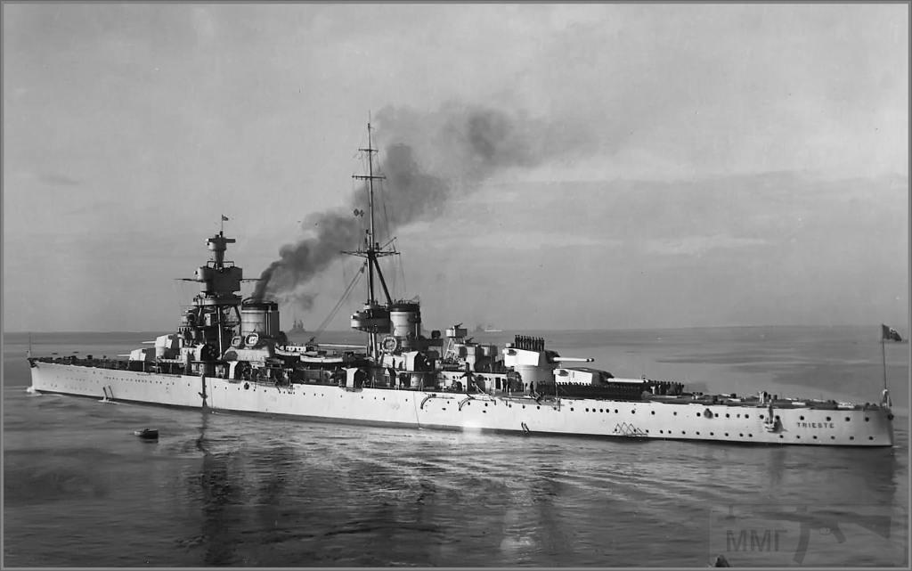 4004 - Italian heavy cruiser Trieste