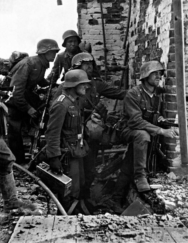 40155 - Военное фото 1941-1945 г.г. Восточный фронт.