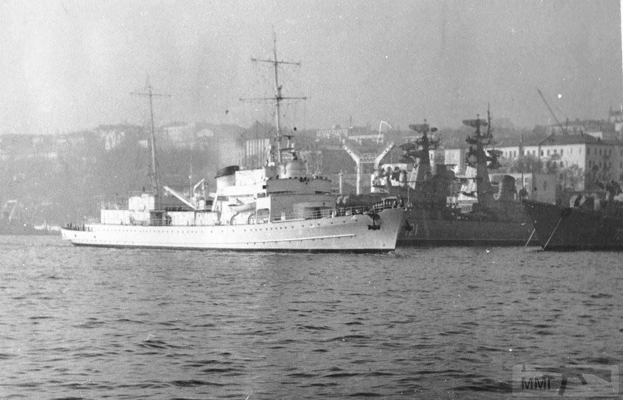 40199 - Яхта Деница