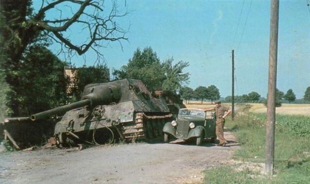 4023 - Achtung Panzer!