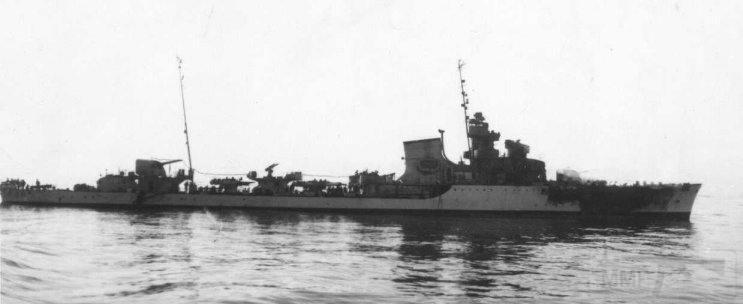 4057 - Spica-class torpedo boat Alcione