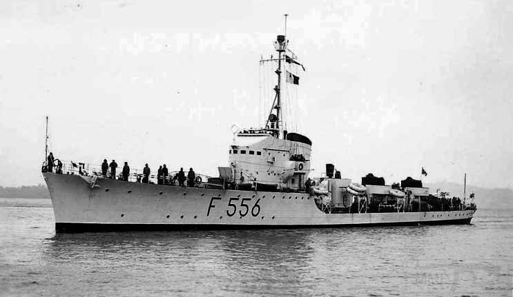 4058 - Aretusa (F 556) in service with the Marina Militare in the 1950s