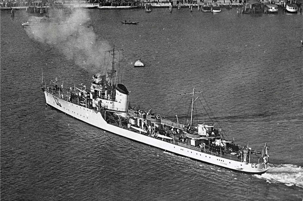 4059 - Torpedo boat Cigno