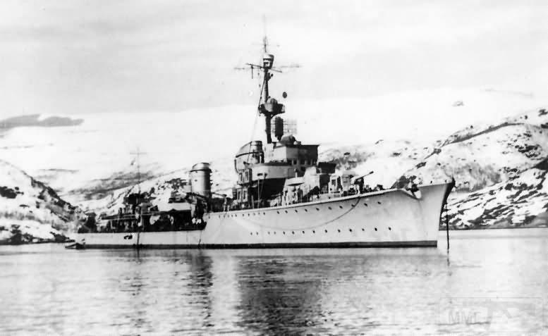 4102 - German destroyer Z30