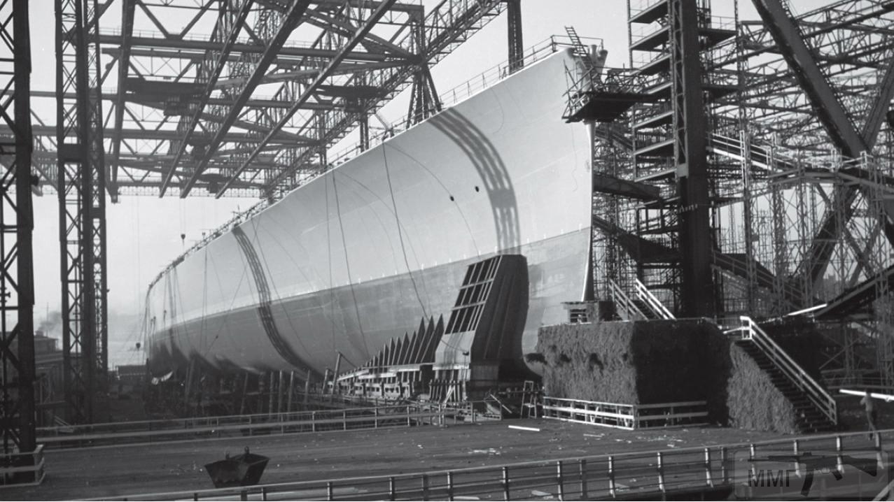 41619 - Строительство линкора Bismarck - перед спуском на воду