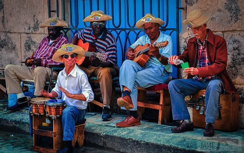 41695 - Вы находитесь на Кубе, если...