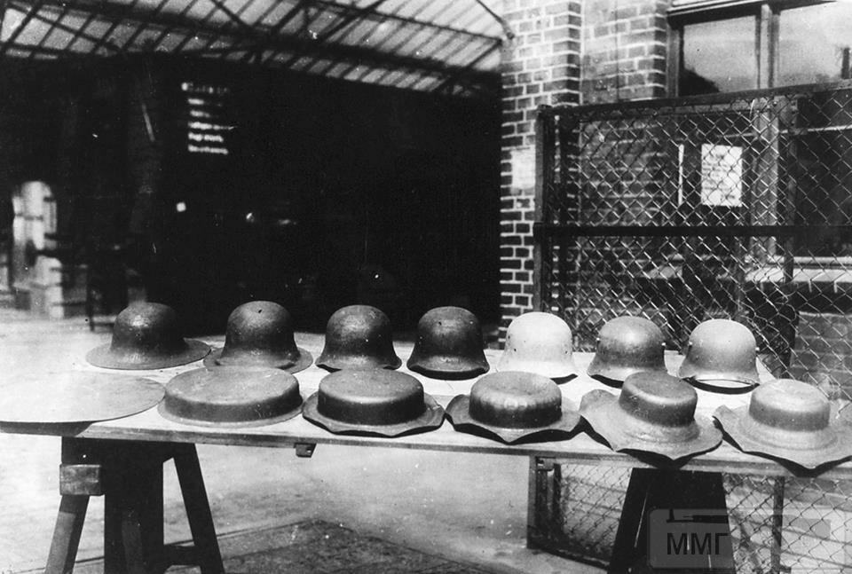 42226 - История немецких шлемов...