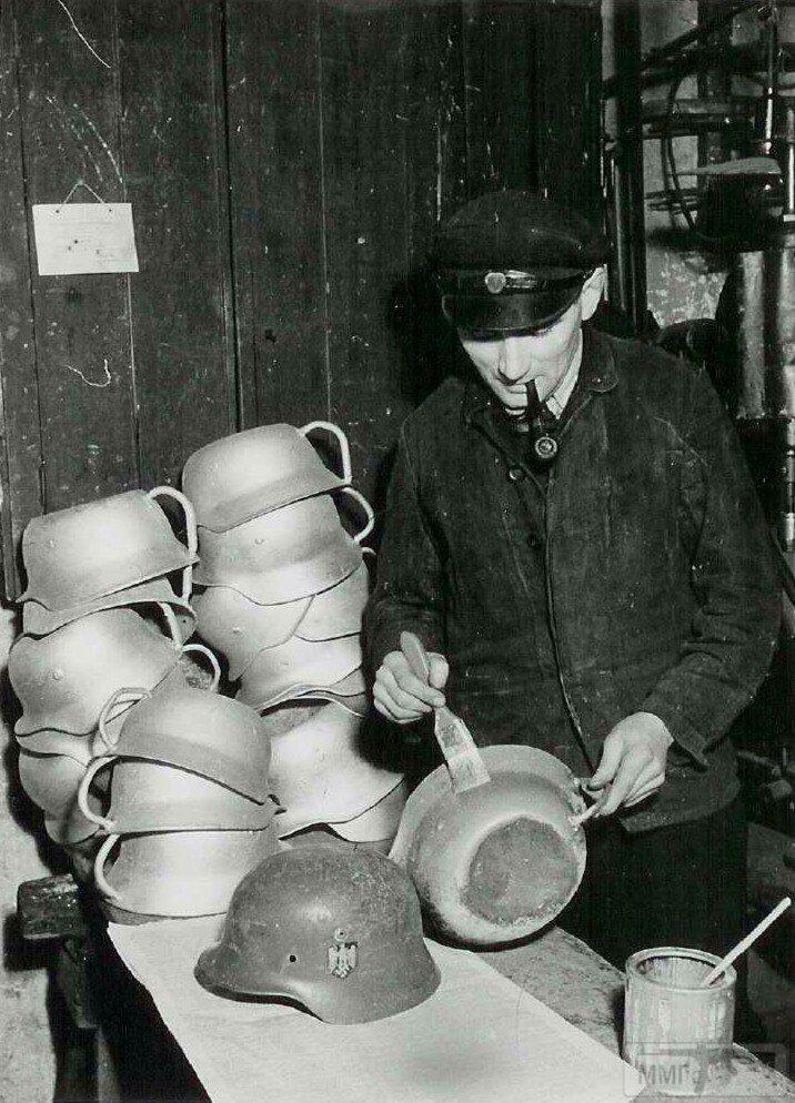 42227 - История немецких шлемов...