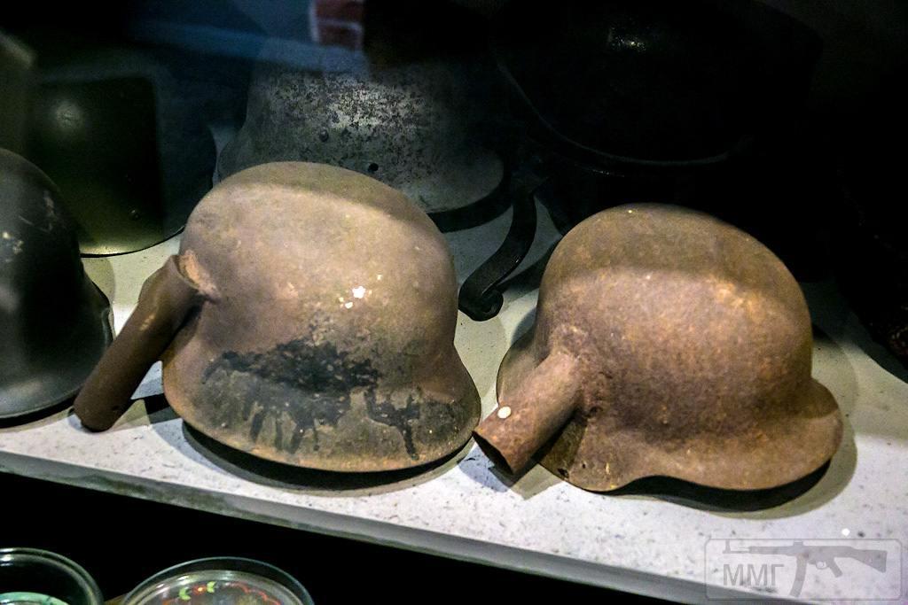 42228 - История немецких шлемов...