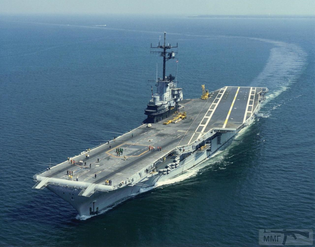 43696 - USS Lexington (CV-16)