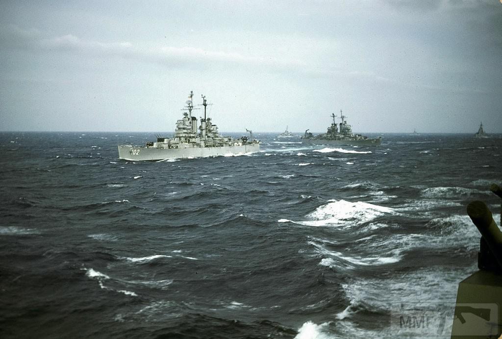 43850 - Легкие крейсера USS Portsmouth (CL-102) и USS Providence (CL-82) в Средиземном море, 1947 г.