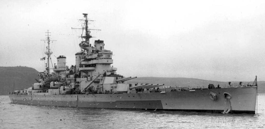 4387 - HMS Anson in 1945